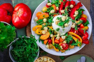 Clean eating meal - Red and orange pepper salad